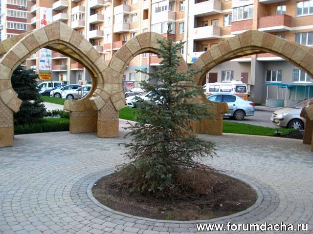 Stonehenge in Krasnodar city. ������������� ���������.